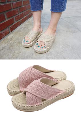 Peonyu  - 拖鞋